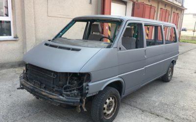 VW Transporter – změna barvy na šedá matná celolak