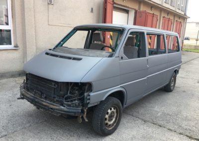 VW Transporter - změna barvy na šedá matná celolak