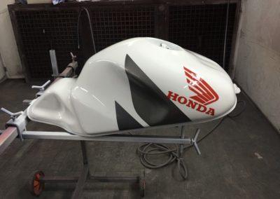 Honda - oprava nádrže